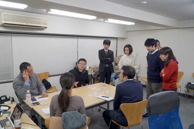 最後は講師の広瀬さんと事務局の宮木 章太さんによるデモンストレーション。一度に複数の仮説を浮かべながら対話をするなんて、できるようになるんでしょうか…